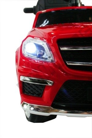 Vehicle pusher Mercedes GL63 AMG red