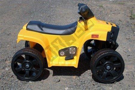 Mini Quad BJC912 on battery yellow