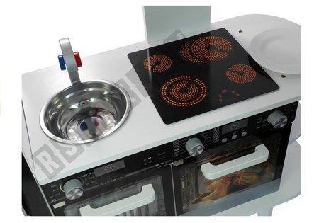 Holzküche mit Kaffeemaschine Kühlschrank Backofen Regal Mikrowelle