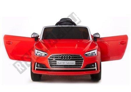Kinderfahrzeug Audi S5 Rot